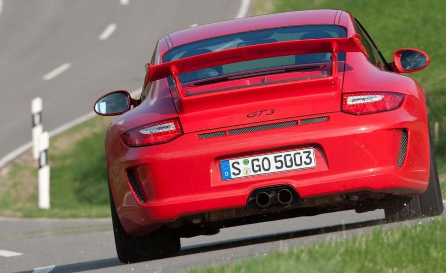 2010 Porsche 911 Turbo Cabriolet - Slide 11