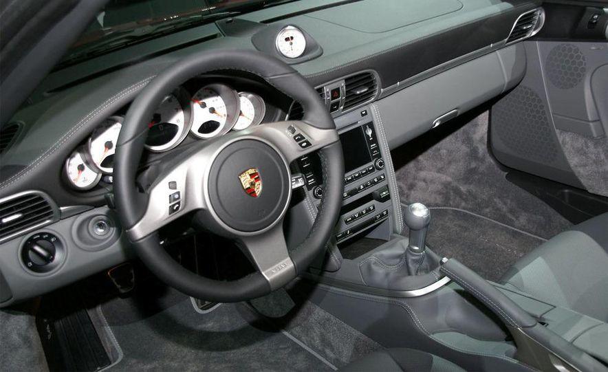 2010 Porsche 911 Turbo Cabriolet - Slide 28