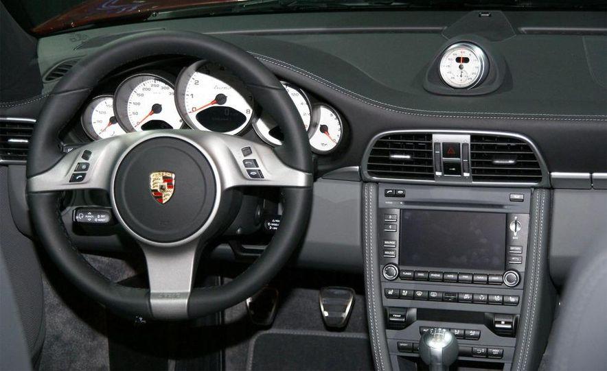 2010 Porsche 911 Turbo Cabriolet - Slide 33