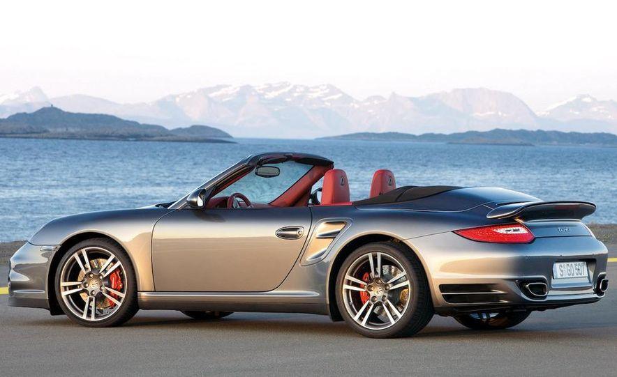 2010 Porsche 911 Turbo Cabriolet - Slide 3