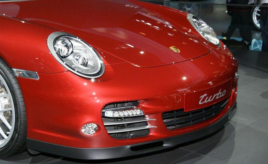 2010 Porsche 911 Turbo Cabriolet - Slide 23