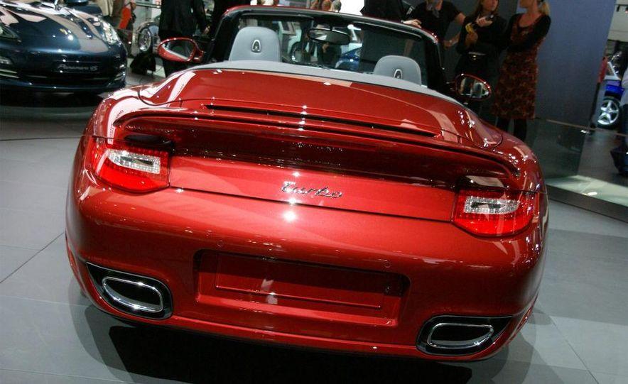 2010 Porsche 911 Turbo Cabriolet - Slide 34
