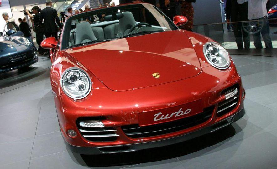 2010 Porsche 911 Turbo Cabriolet - Slide 37