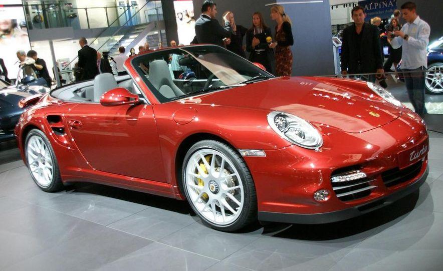 2010 Porsche 911 Turbo Cabriolet - Slide 38