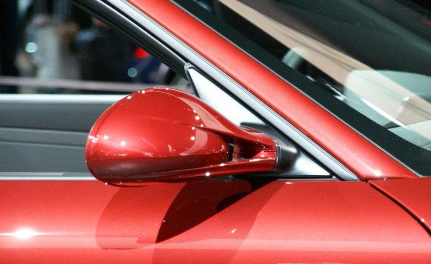 2010 Porsche 911 Turbo Cabriolet - Slide 39