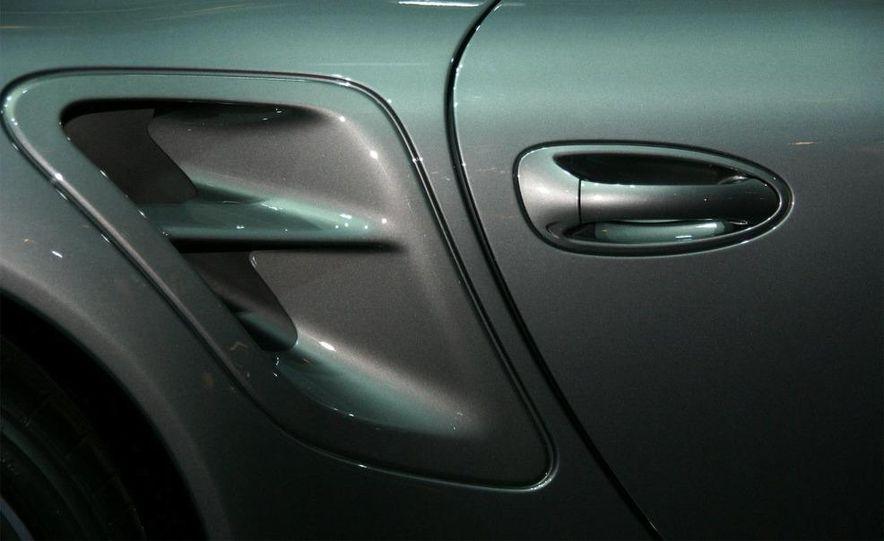2010 Porsche 911 Turbo Cabriolet - Slide 56