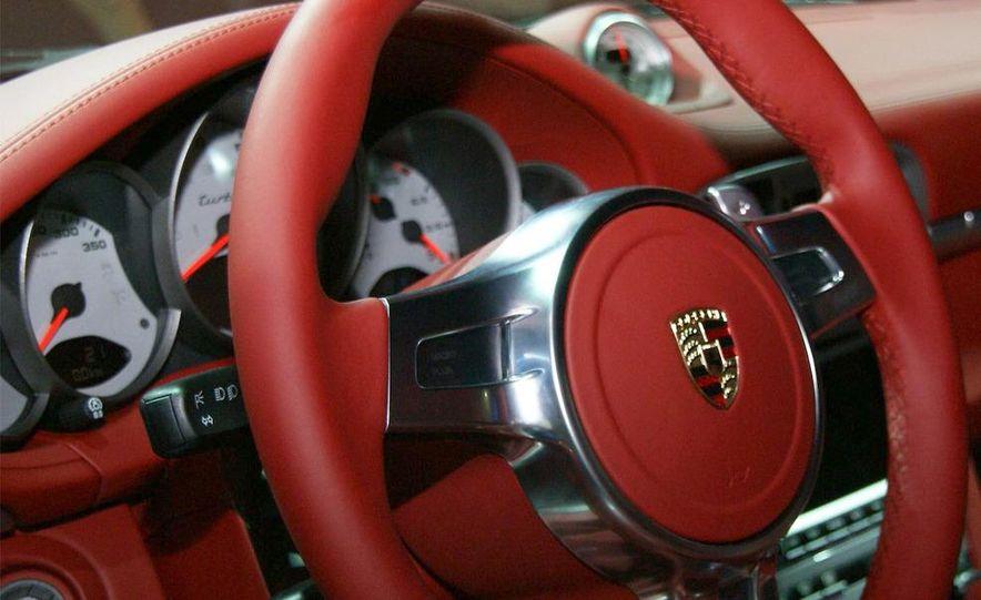 2010 Porsche 911 Turbo Cabriolet - Slide 47
