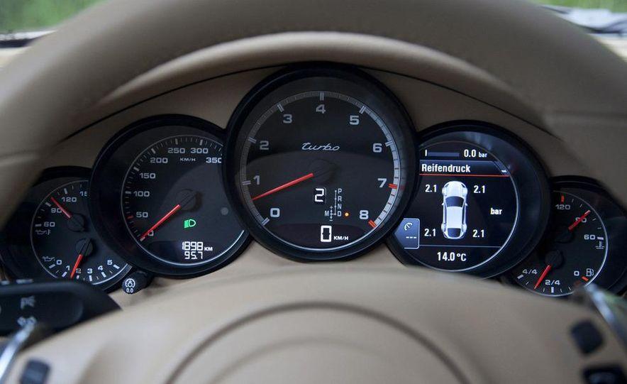 2010 Porsche 911 Turbo Cabriolet - Slide 18