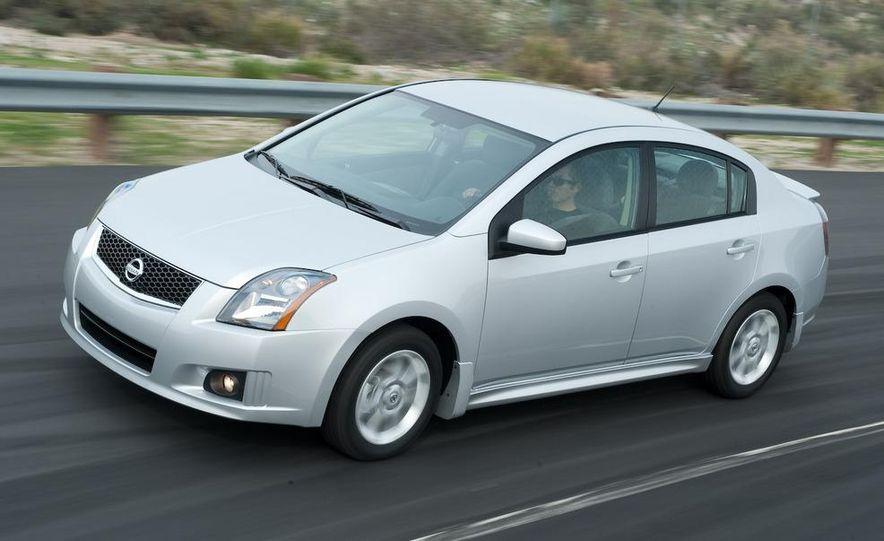 2009 Nissan Sentra FE+ 2.0 SR - Slide 11