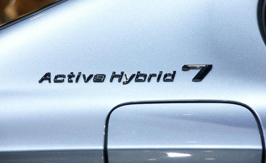 2010 BMW ActiveHybrid 7 - Slide 9