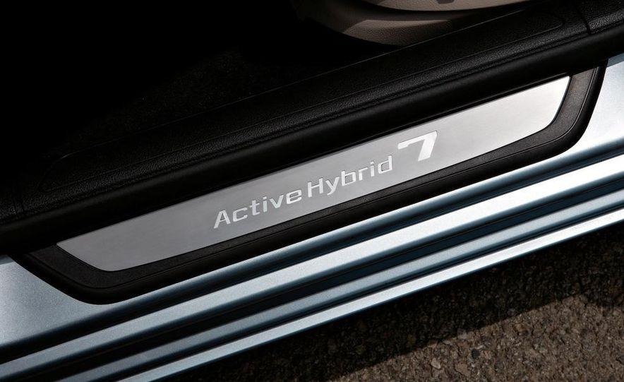 2010 BMW ActiveHybrid 7 - Slide 20