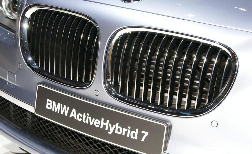 2010 BMW ActiveHybrid 7 - Slide 8