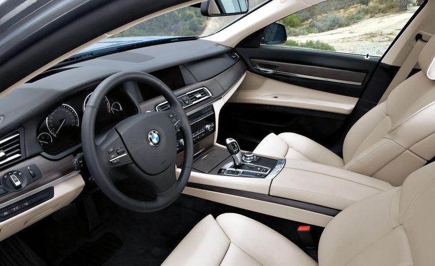 2010 BMW ActiveHybrid 7 - Slide 21