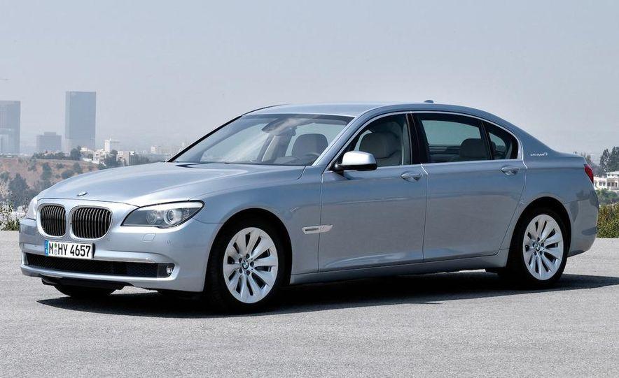 2010 BMW ActiveHybrid 7 - Slide 17
