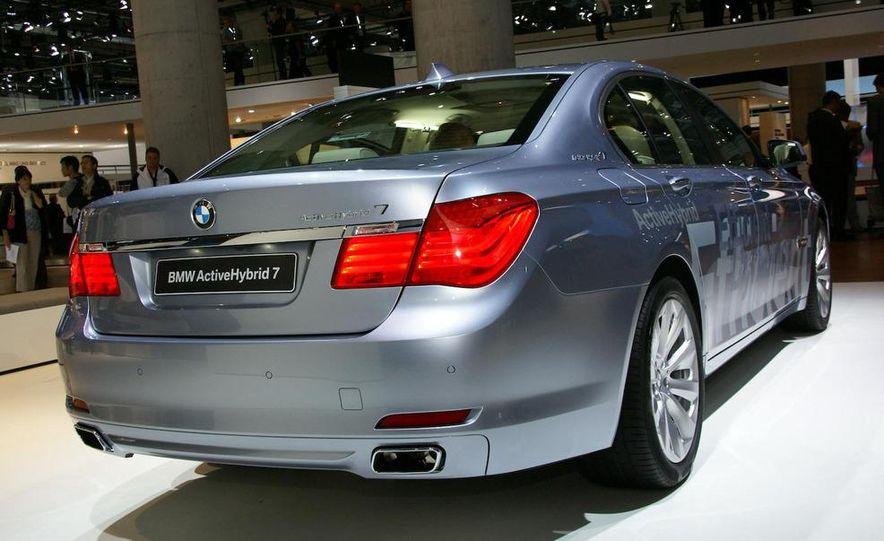 2010 BMW ActiveHybrid 7 - Slide 3