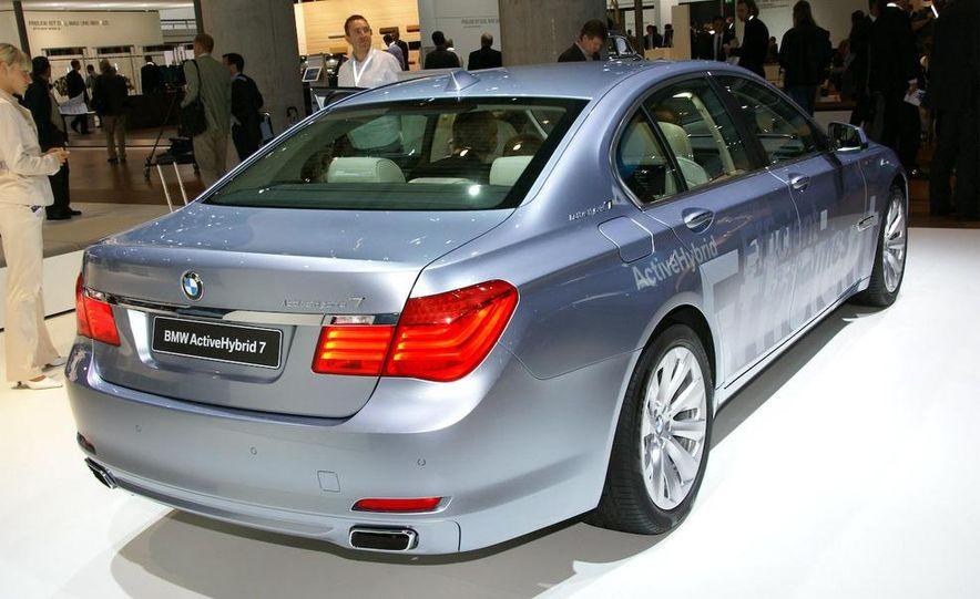 2010 BMW ActiveHybrid 7 - Slide 4