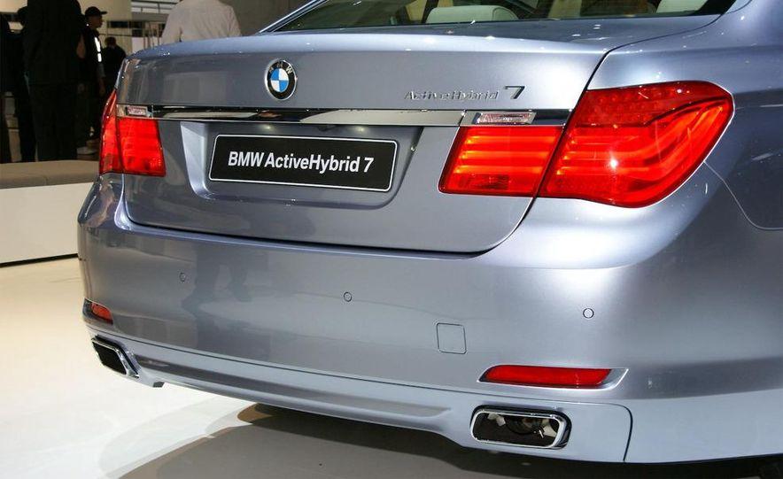 2010 BMW ActiveHybrid 7 - Slide 5