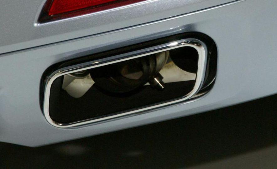 2010 BMW ActiveHybrid 7 - Slide 7