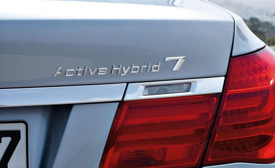 2010 BMW ActiveHybrid 7 - Slide 19