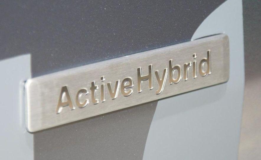 2010 BMW ActiveHybrid X6 - Slide 9