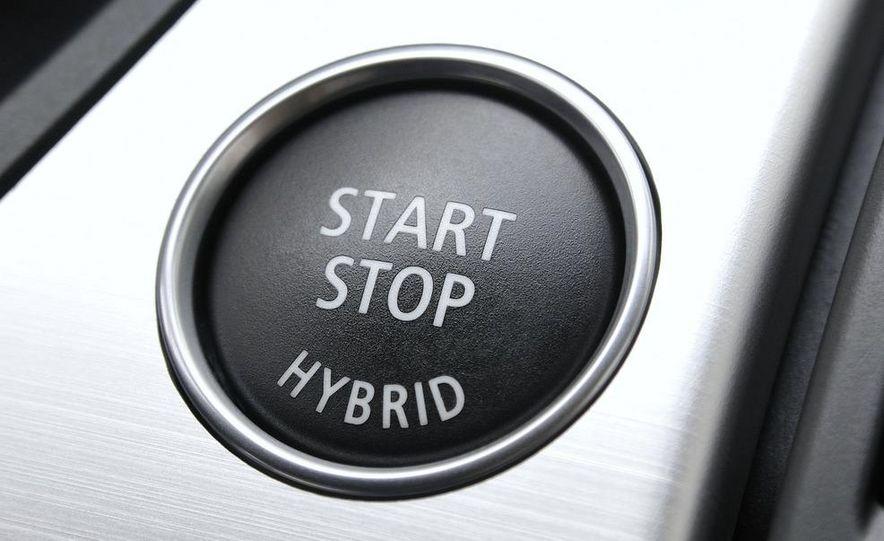2010 BMW ActiveHybrid X6 - Slide 48