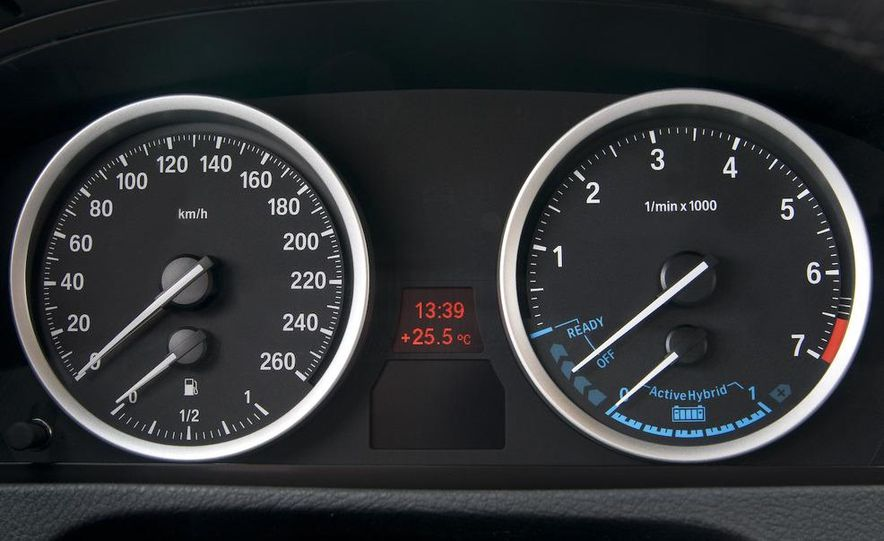 2010 BMW ActiveHybrid X6 - Slide 50