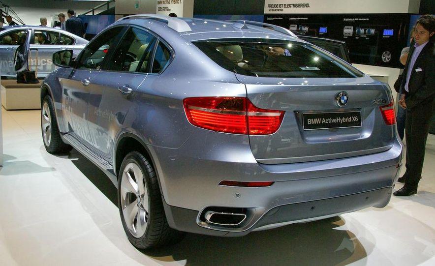 2010 BMW ActiveHybrid X6 - Slide 7