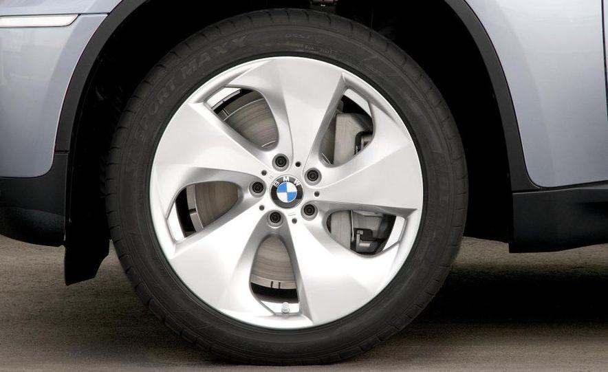 2010 BMW ActiveHybrid X6 - Slide 44
