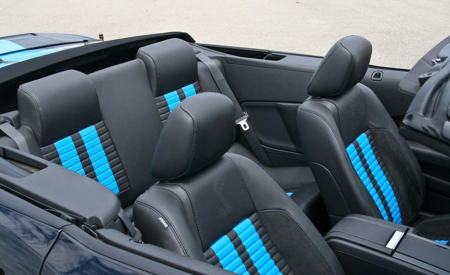 2010 Ford Mustang Shelby GT500 convertible - Slide 29