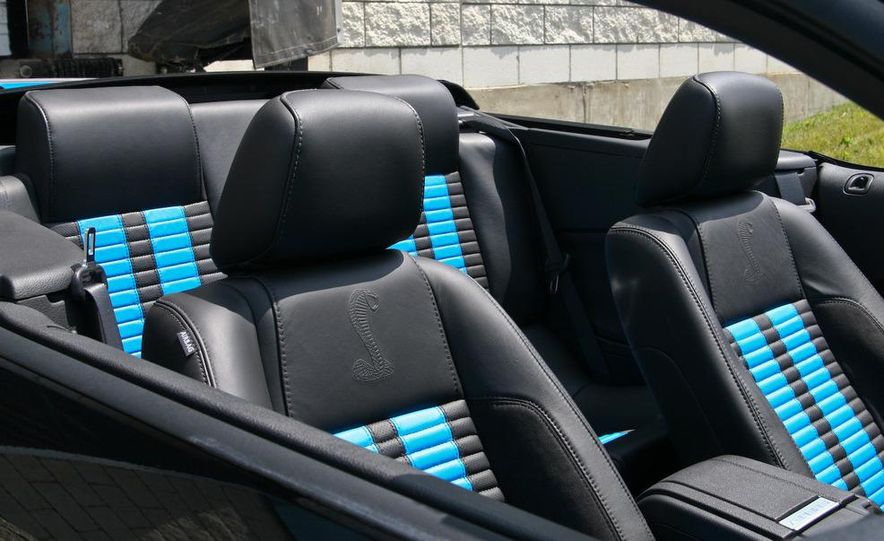 2010 Ford Mustang Shelby GT500 convertible - Slide 60