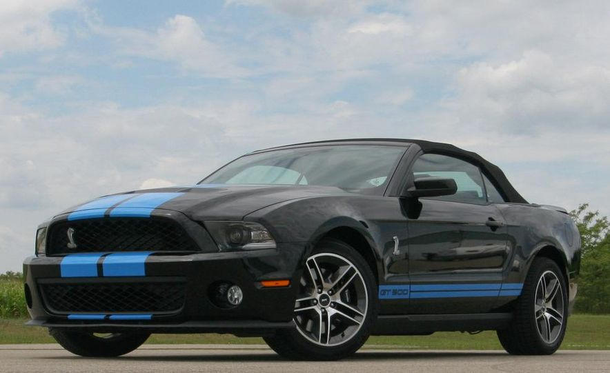 2010 Ford Mustang Shelby GT500 convertible - Slide 6