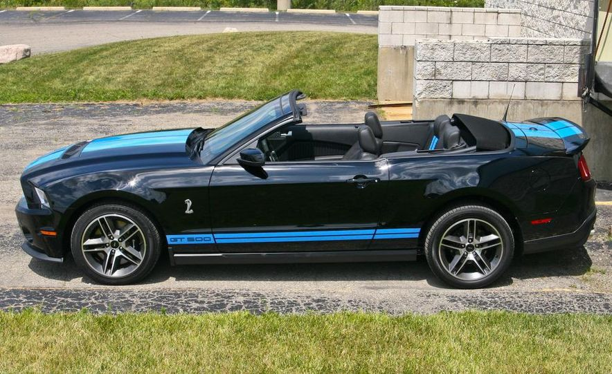 2010 Ford Mustang Shelby GT500 convertible - Slide 48