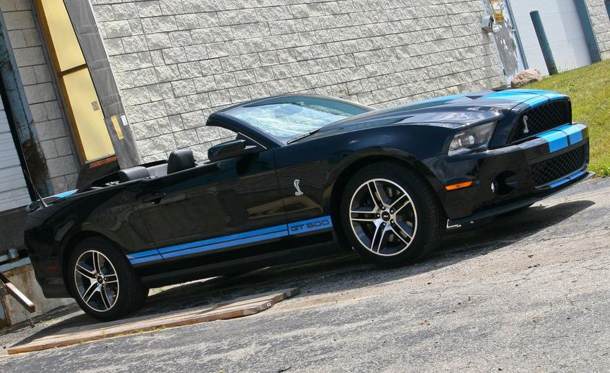 2010 Ford Mustang Shelby GT500 convertible - Slide 49