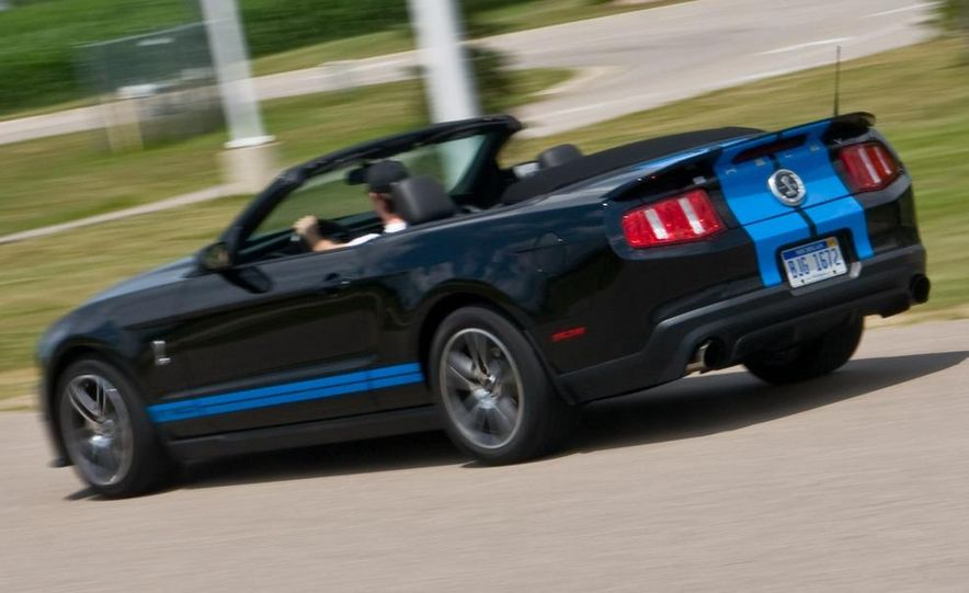 2010 Ford Mustang Shelby GT500 convertible - Slide 78