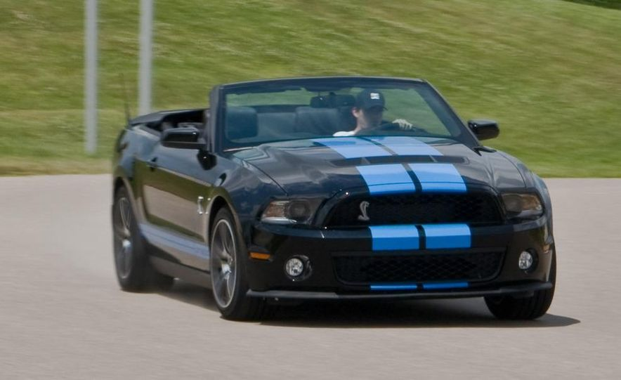 2010 Ford Mustang Shelby GT500 convertible - Slide 81