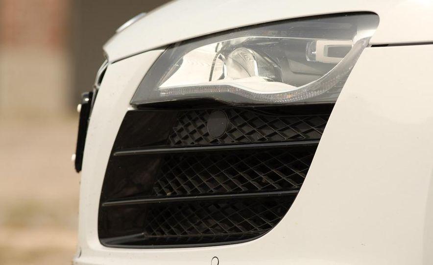 2010 Audi R8 5.2 V-10 FSI Quattro LED headlight and daytime-running-light - Slide 6