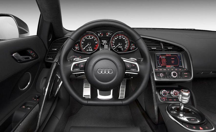2010 Audi R8 5.2 V-10 FSI Quattro LED headlight and daytime-running-light - Slide 29