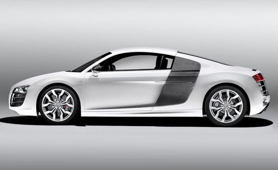 2010 Audi R8 5.2 V-10 FSI Quattro LED headlight and daytime-running-light - Slide 13