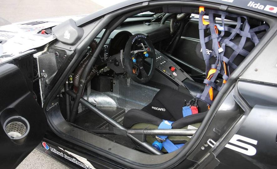 2011 Lexus LF-A prototype - Slide 21