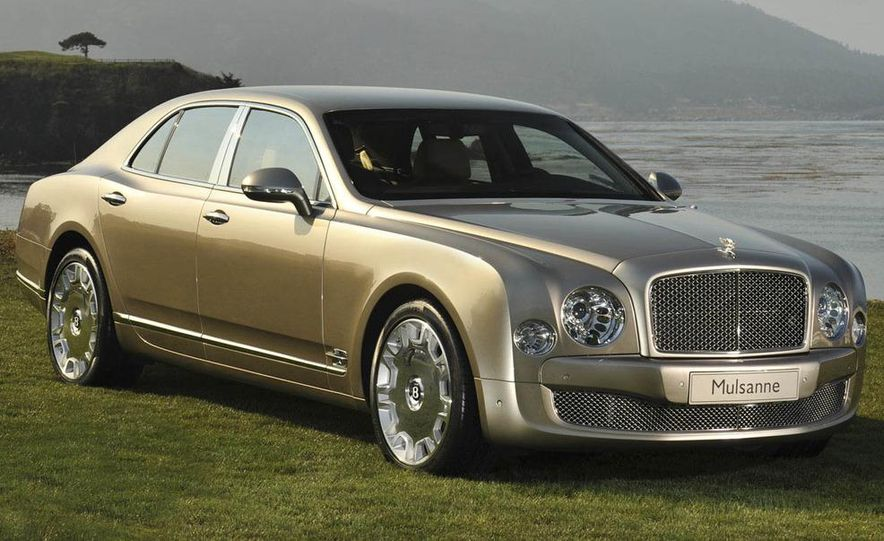 2011 Bentley Mulsanne front three-quarter view - Slide 5