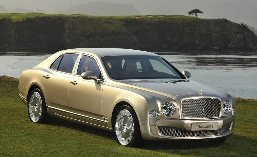2011 Bentley Mulsanne front three-quarter view - Slide 6