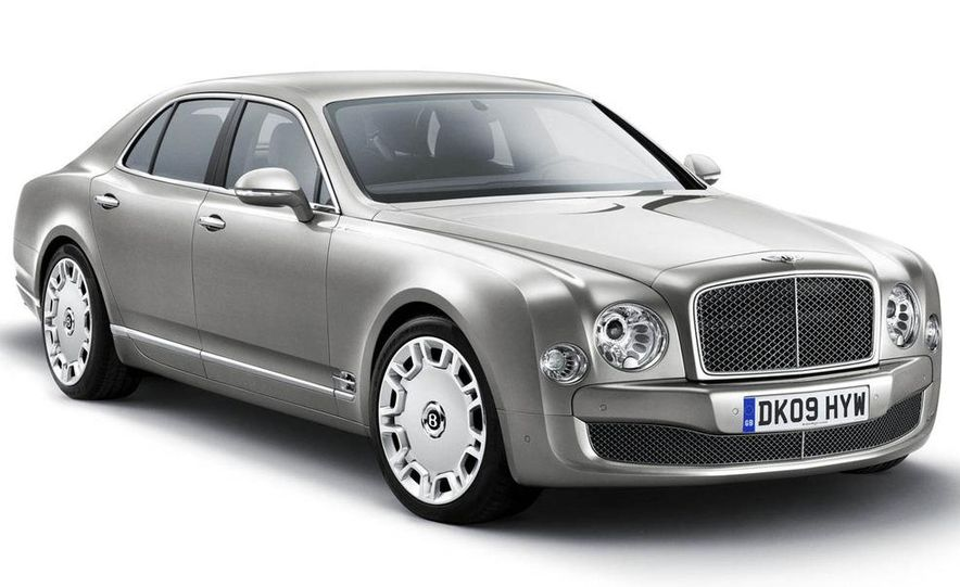 2011 Bentley Mulsanne front three-quarter view - Slide 1