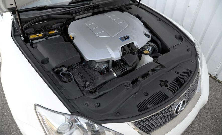 2008 Lexus IS F - Slide 32