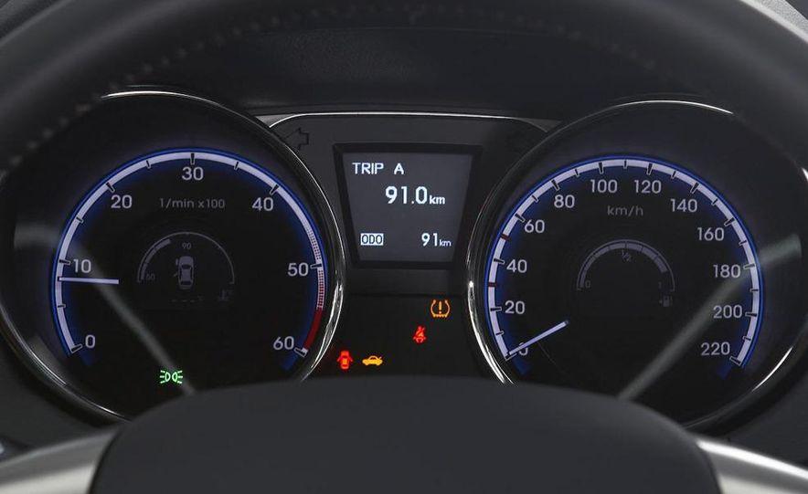 2010 Hyundai Tucson - Slide 51