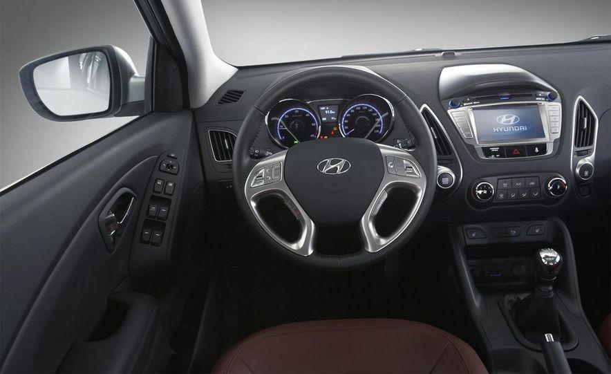 2010 Hyundai Tucson - Slide 50