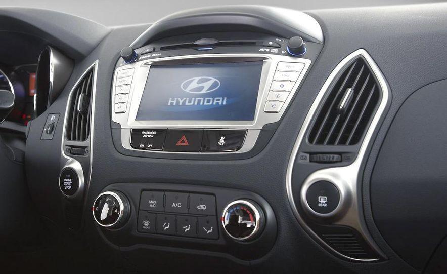 2010 Hyundai Tucson - Slide 52