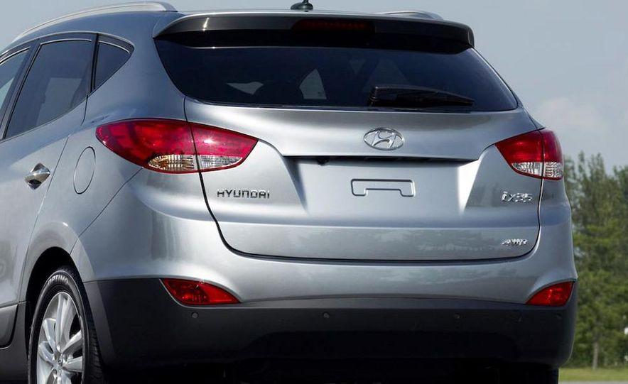 2010 Hyundai Tucson - Slide 21