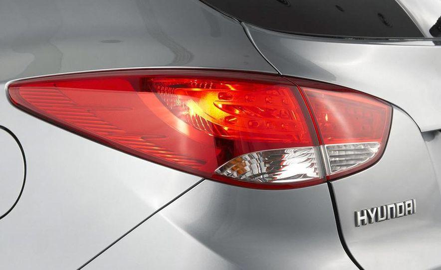 2010 Hyundai Tucson - Slide 36