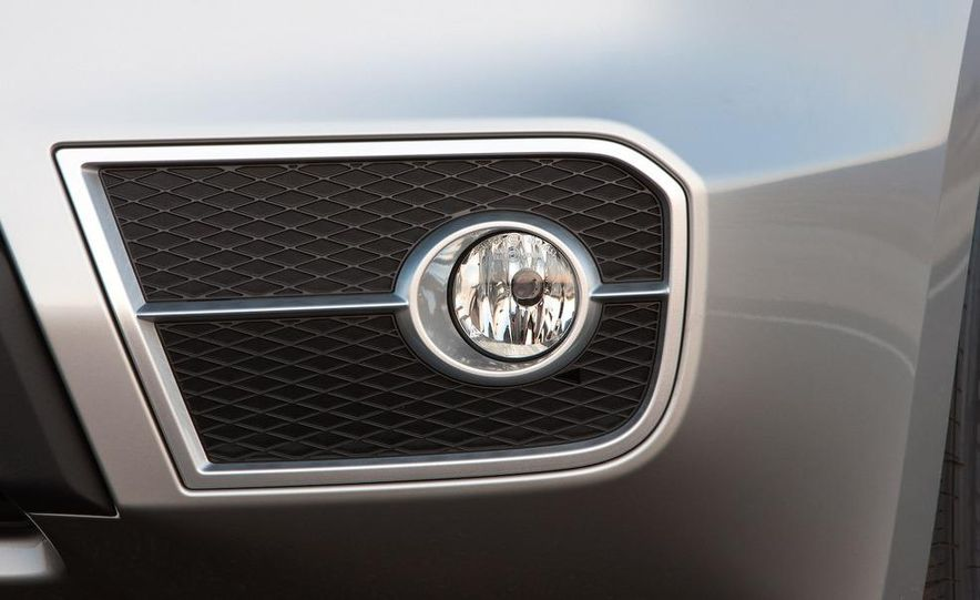 2010 Acura RDX interior - Slide 32