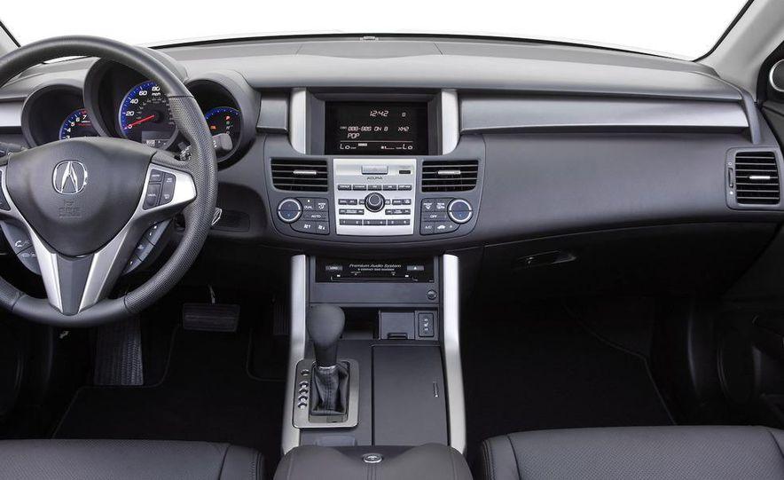2010 Acura RDX interior - Slide 1